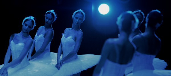 BOLSHOI BABYLON SWAN LAKE